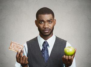 Cookie versus apple, healthy diet choices